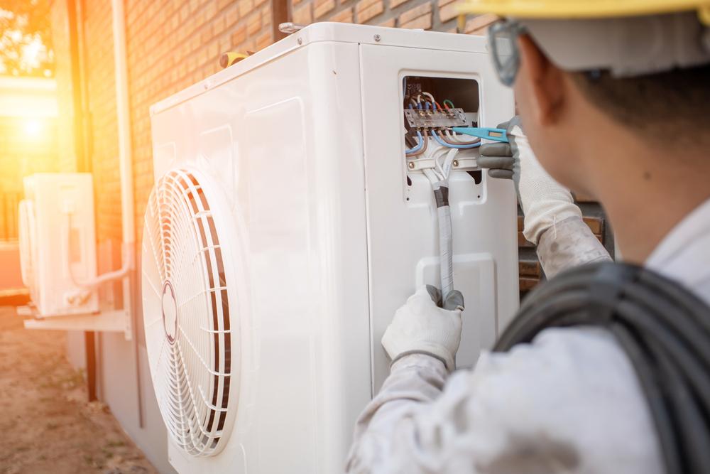 entretien pompe a chaleur par un climaticien LTC Services